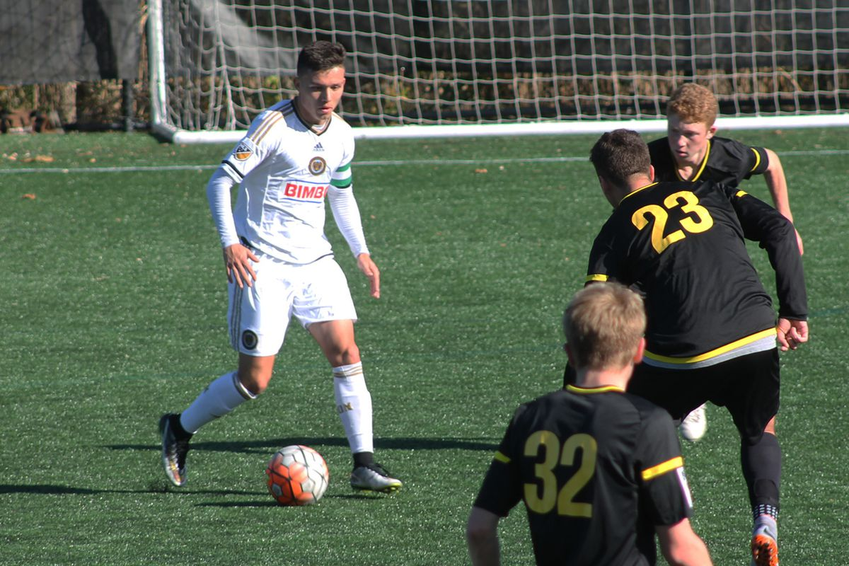 Frederick Gil and the Union Academy U18 team playing Continental FC DELCO in November 2015