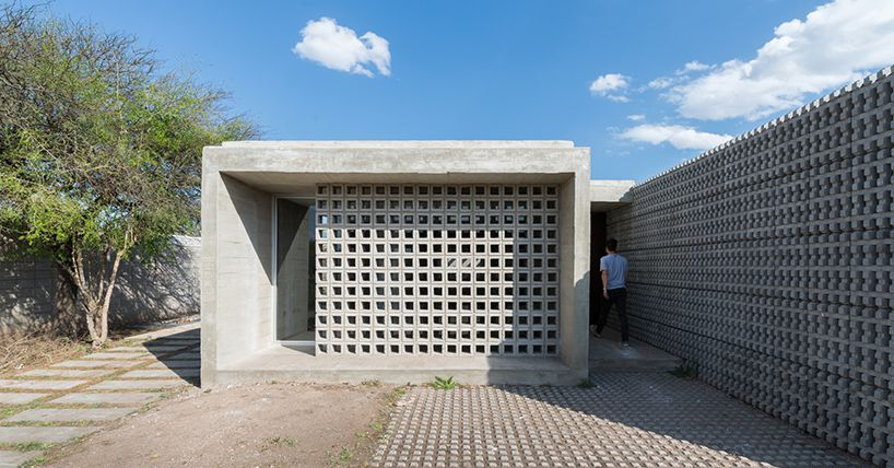 Concrete homes offer modern design on a budget in for Ristrutturare casa low cost