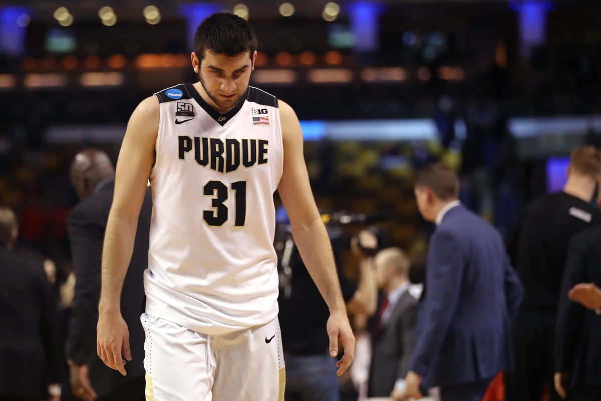 93a23061aea 2018 NBA Draft Rumors  Purdue guard Dakota Mathias reportedly worked out  for the Lakers. New ...