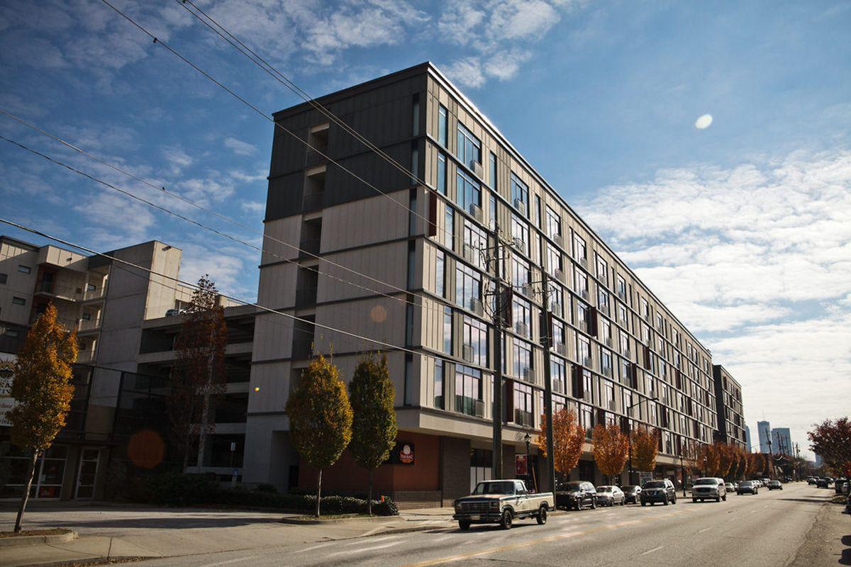 The apartments at 935 Marietta St.