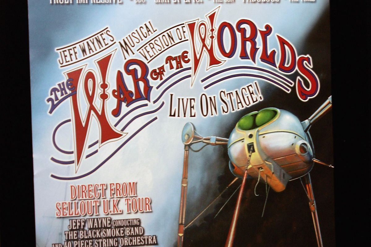 """""""The War Of The Worlds"""" Launch"""