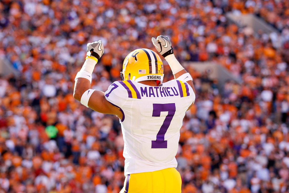 KNOXVILLE, TN - OCTOBER 15:  Tyrann Mathieu #7 of the LSU Tigers reacts before kickoff against the Tennessee Volunteers at Neyland Stadium on October 15, 2011 in Knoxville, Tennessee.  (Photo by Kevin C. Cox/Getty Images)