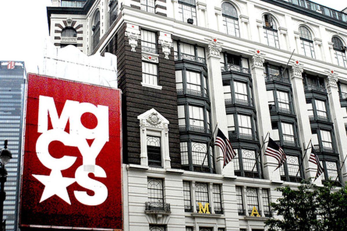 "The Macy's on 34th Street in New York, image via <a href=""http://www.flickr.com/photos/paulaloe/161926175/"">paulaloe</a>/Flickr"