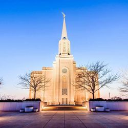 Scott Jarvie is on a mission to capture and compile pictures of every LDS temple in the United States. The St. Louis Missouri Temple is pictured here.