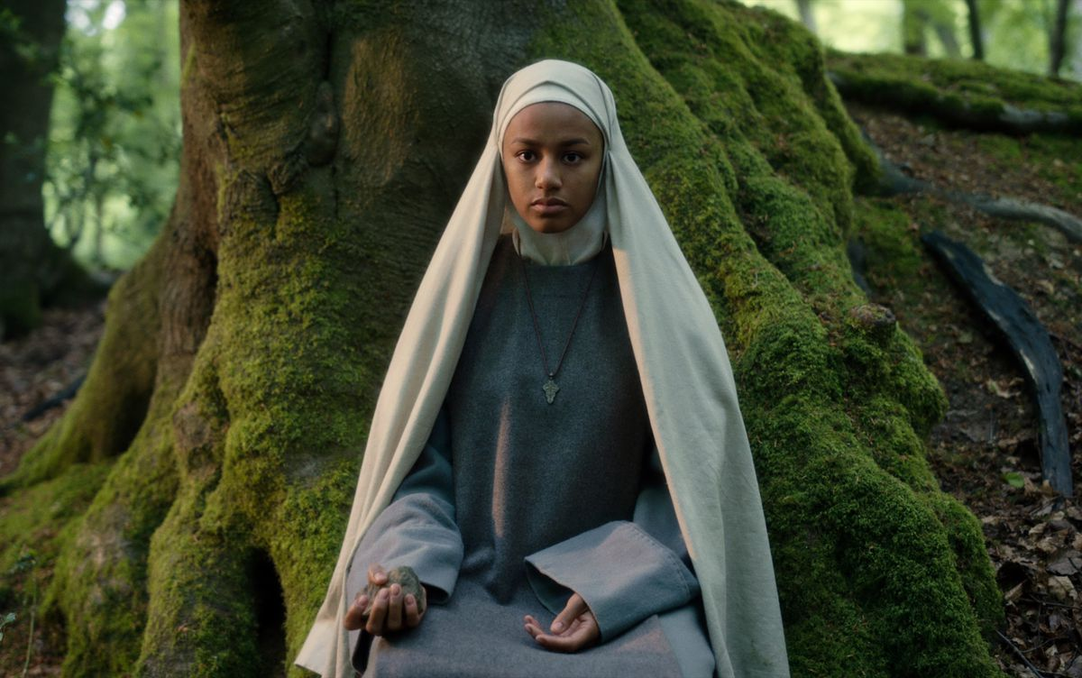 CURSED (L TO R) SHALOM BRUNE-FRANKLIN as SISTER IGRAINE in episode 104 of CURSED Cr. OLLIE UPTON/Netflix � 2020