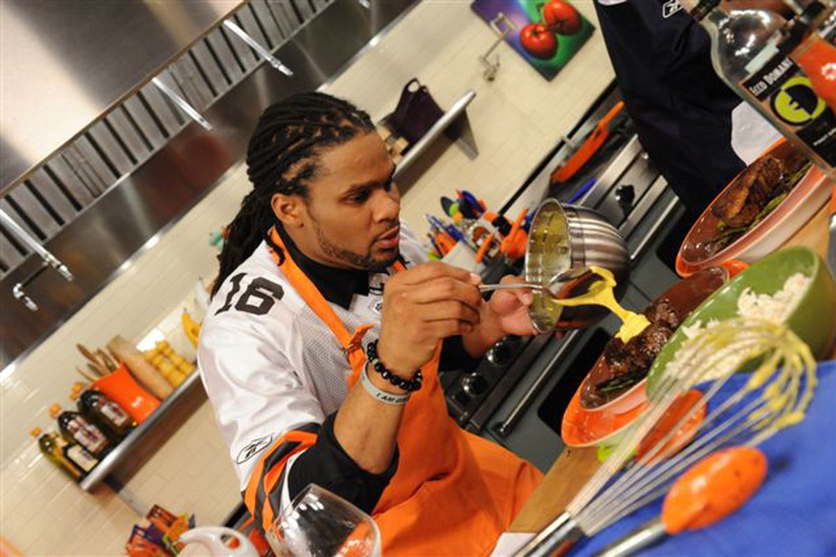 Joshua Cribbs will appear on Rachel Ray this Friday at 2:00 PM