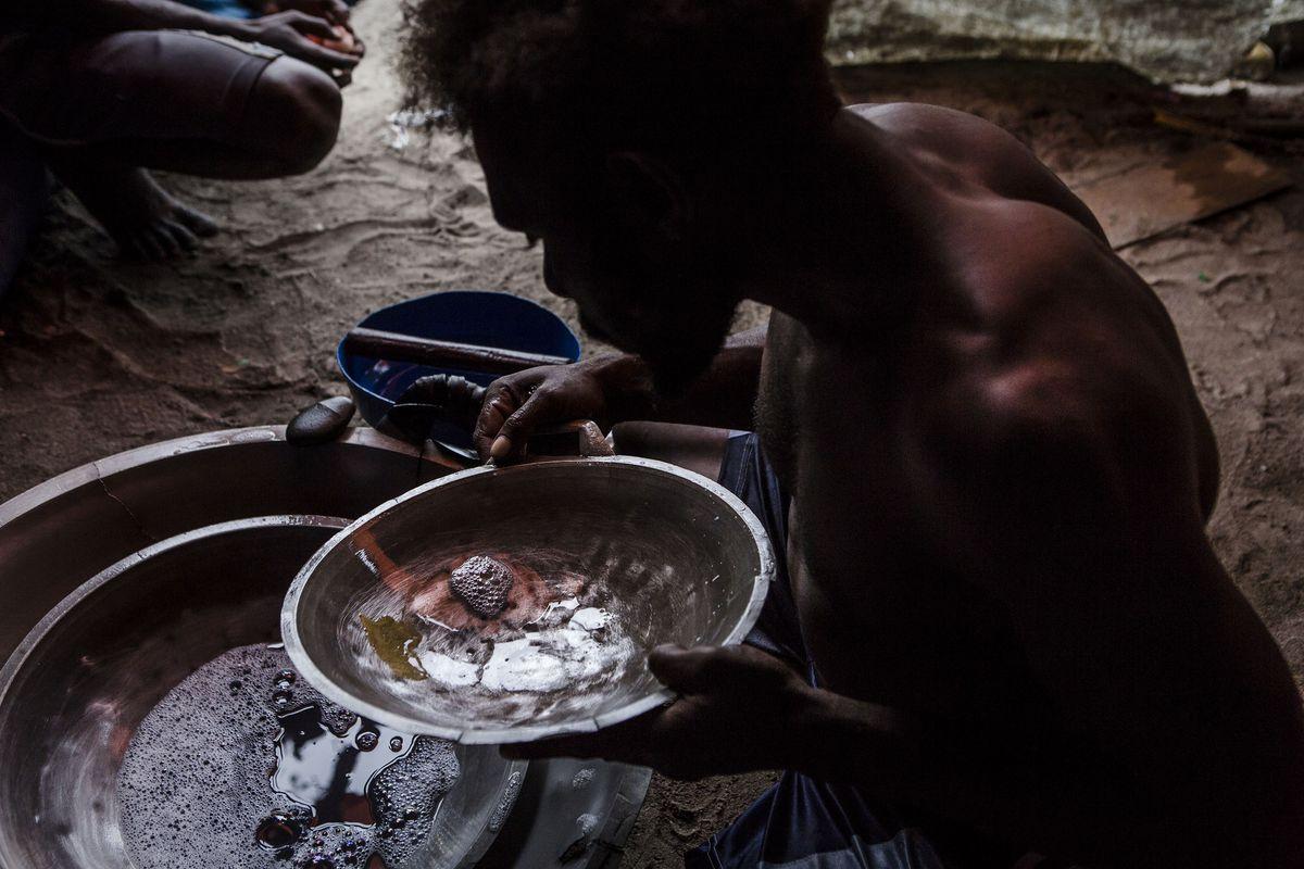 Papua's Gold Rush Creates Environmental Devastation