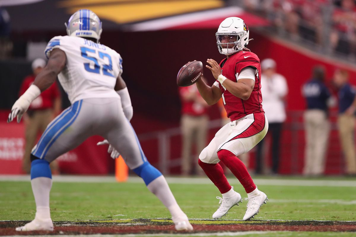Quarterback Kyler Murray of the Arizona Cardinals looks to pass during the second half of the NFL game against the Detroit Lions at State Farm Stadium on September 08, 2019 in Glendale, Arizona.