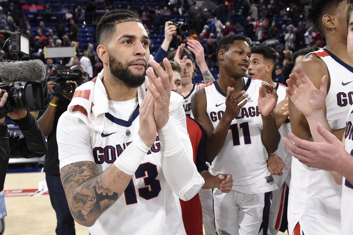 College Basketball Rankings Gonzaga Moves Up To No 2 In