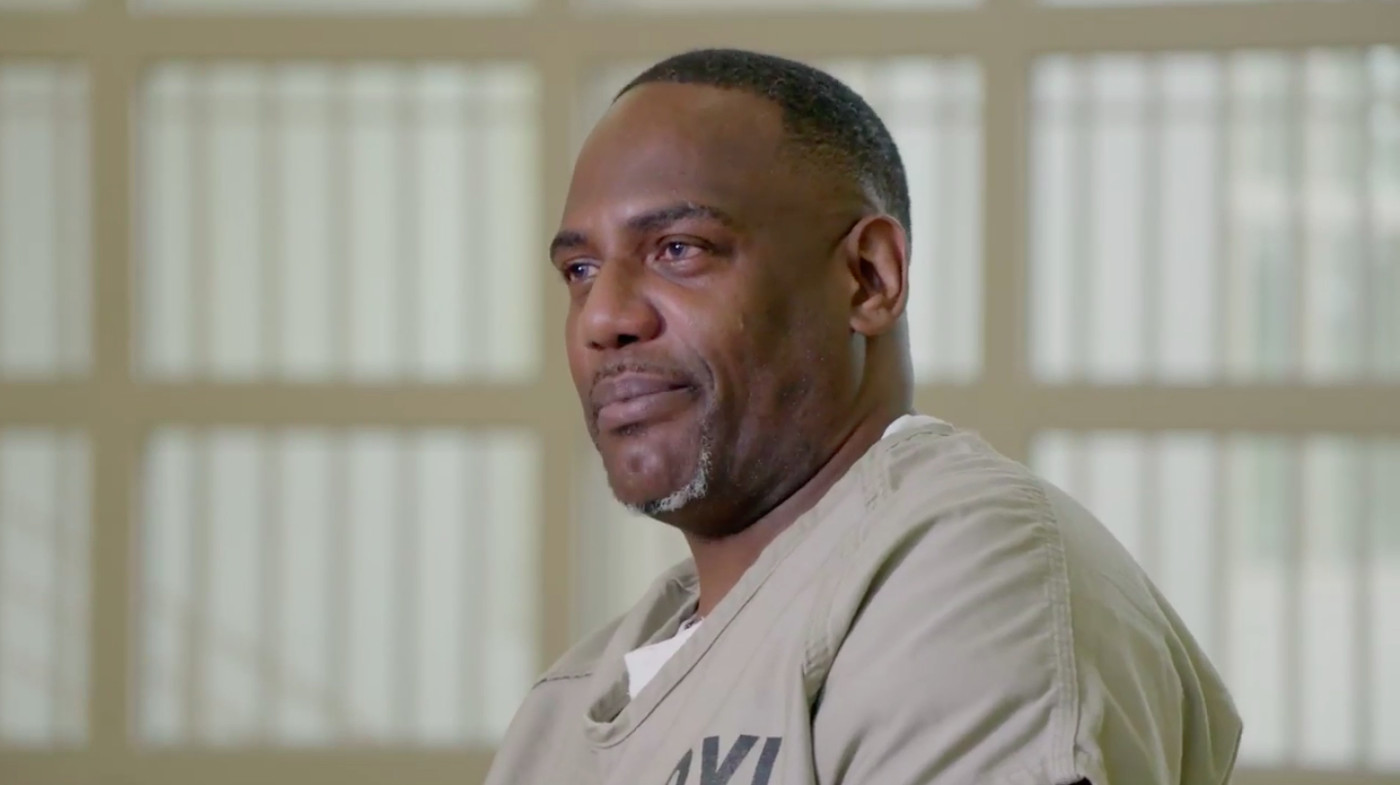 Surviving R  Kelly' review: Lifetime documentary an uneasy