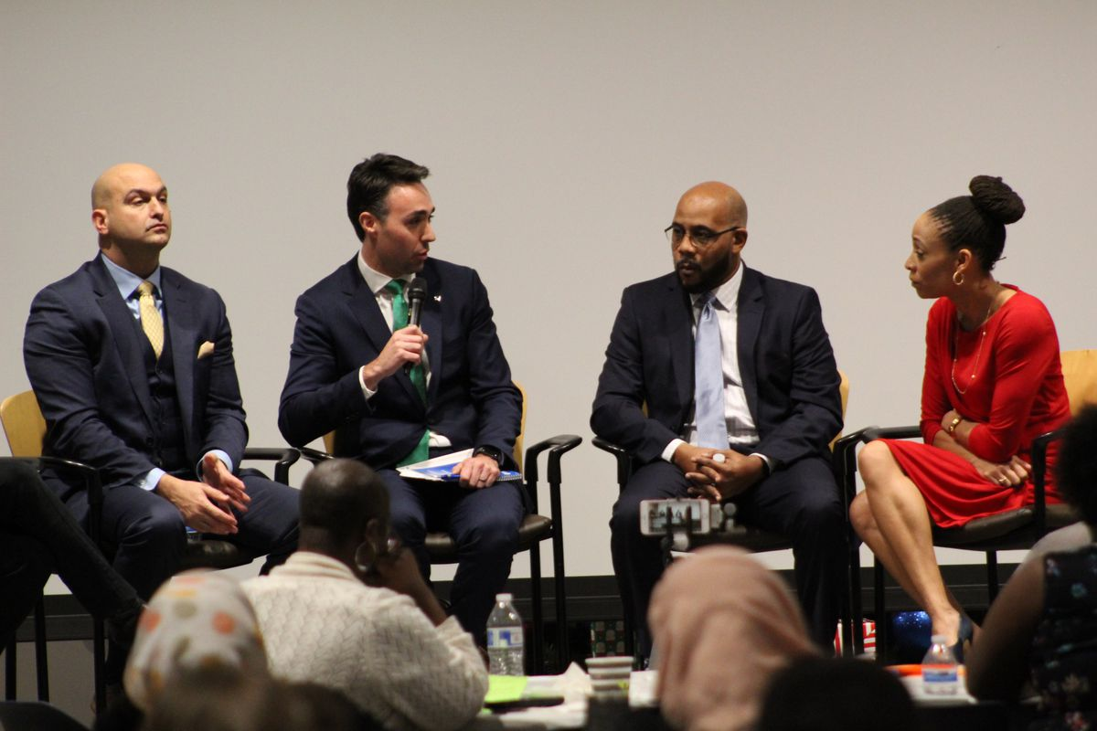 Vitti, Kimball, and Bell took questions from the audience and journalists, including Chastity Pratt-Dawsey (right).