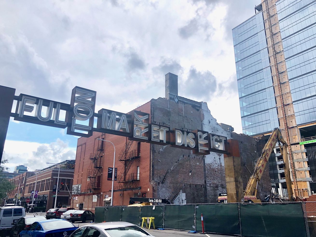 The project at 800 W. Fulton Market also tears down the former home of The Mid nightclub.
