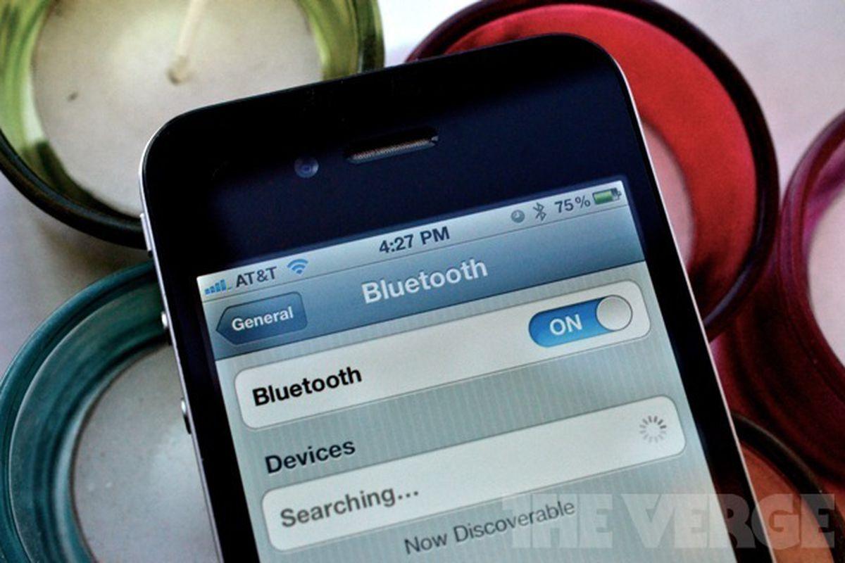 iphone 4 bluetooth