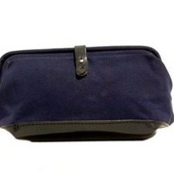 """Billy Kirk waxed canvas dopp kit, <a href=""""http://shop.mutinydc.com/collections/frontpage/products/billykirk-no-257-collar-button-dopp-kit"""">$154.</a> Over the holidays, MUTINY is secretly placing <a href=""""http://shop.mutinydc.com/products/stellar-shave-cr"""