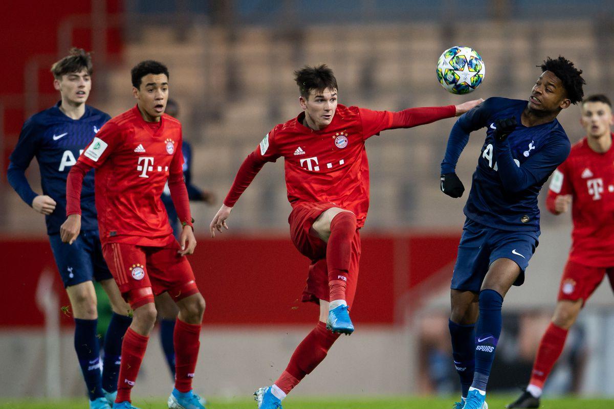 Bayern Muenchen U19 v Tottenham Hotspur U19 - UEFA Youth League
