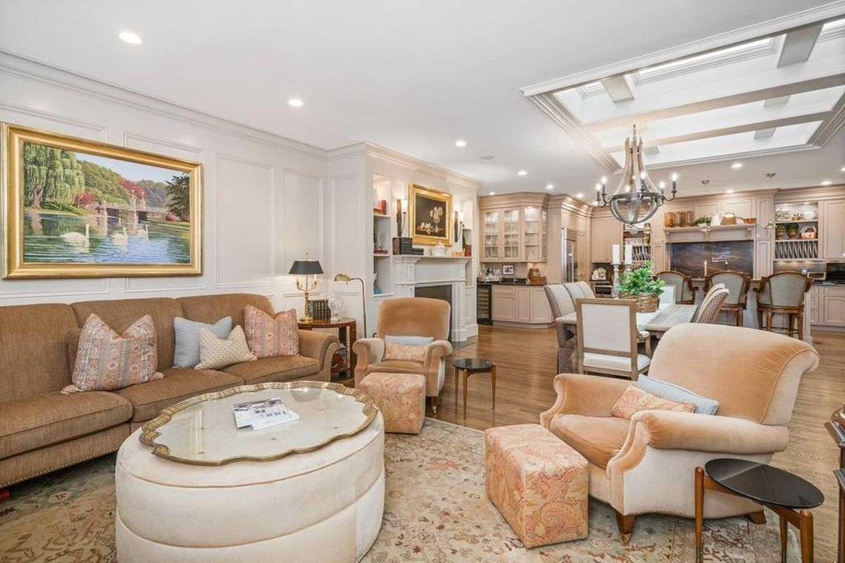 Boston's 25 most expensive homes for sale, mapped [Curbed Boston]