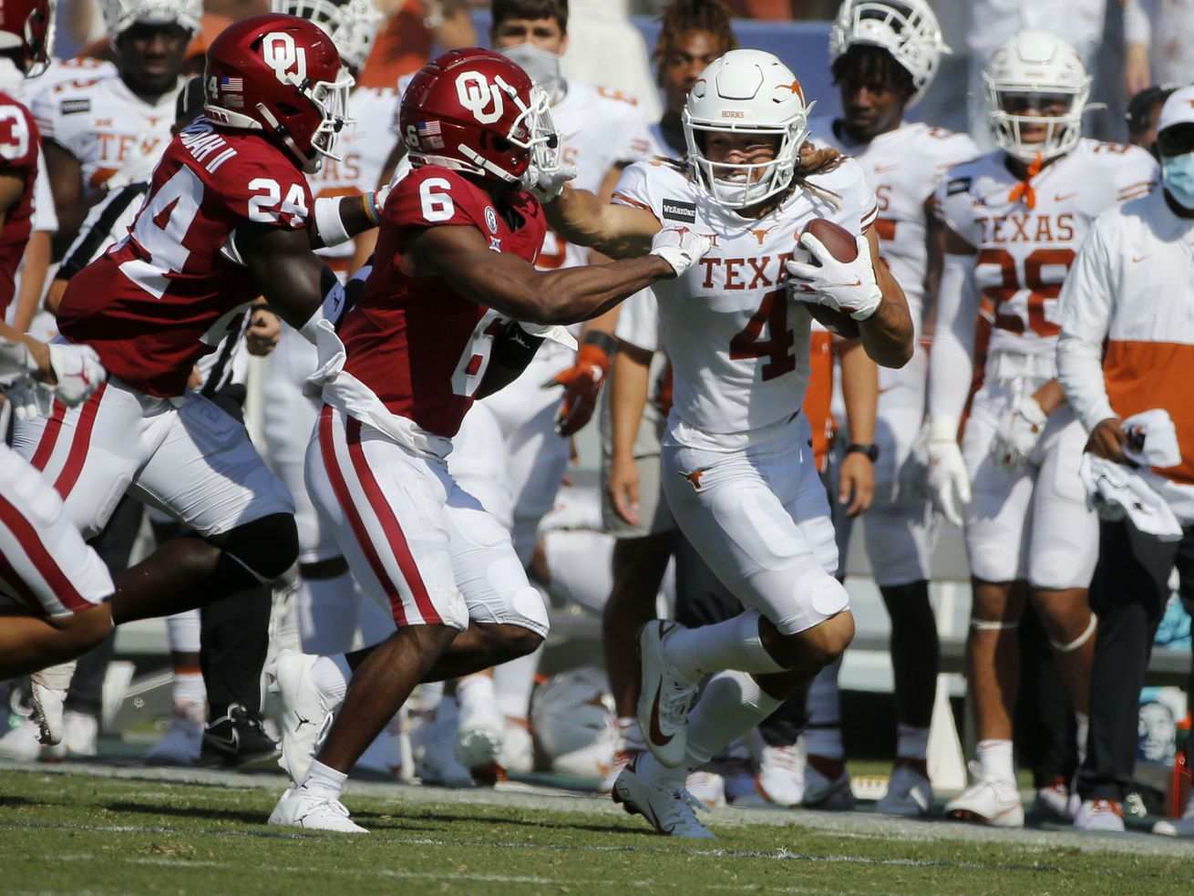 Texas, Oklahoma make first formal move toward leaving Big 12. Now what?