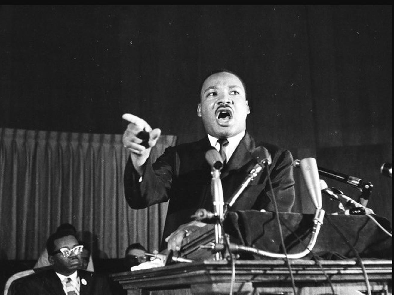 Dr. Martin Luther King, Jr., speaks at El Bethel Baptish Church in Chicago