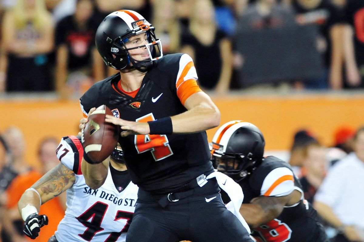 Sean Mannion makes OSU history, Beavs defeat San Diego State 28 to 7