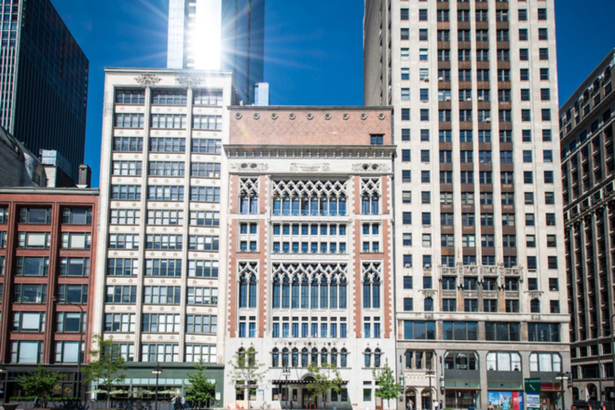 A tour through the new chicago athletic association hotel for Chicago resorts