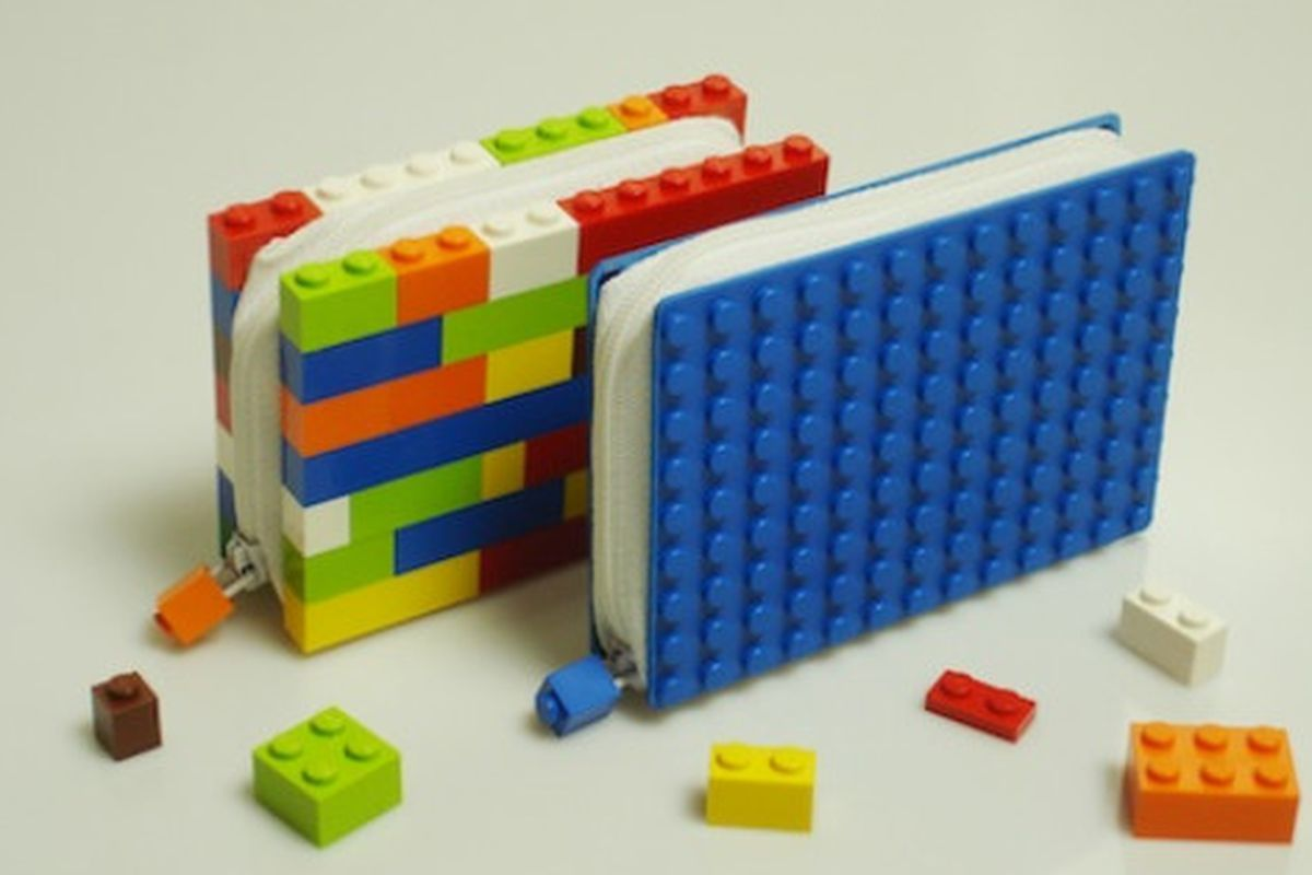 """Image via <a href=""""http://design-milk.com/lego-wallets-by-color-by-numbers/#more-20734"""">Design Milk</a>"""
