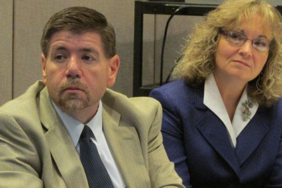 State board member Brad Oliver and state Superintendent Glenda Ritz at a meeting in December. (Scott Elliott)
