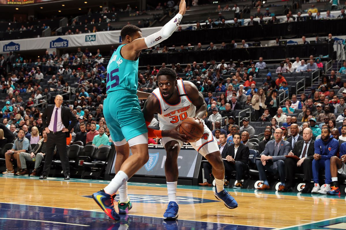 Hornets 97, Knicks 92: Scenes from the trade deadline not coming fast enough