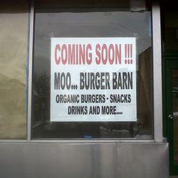 "Moo Burger Barn via <a href=""http://cobblehillblog.com/archives/6025"" rel=""nofollow"">CHC</a>"