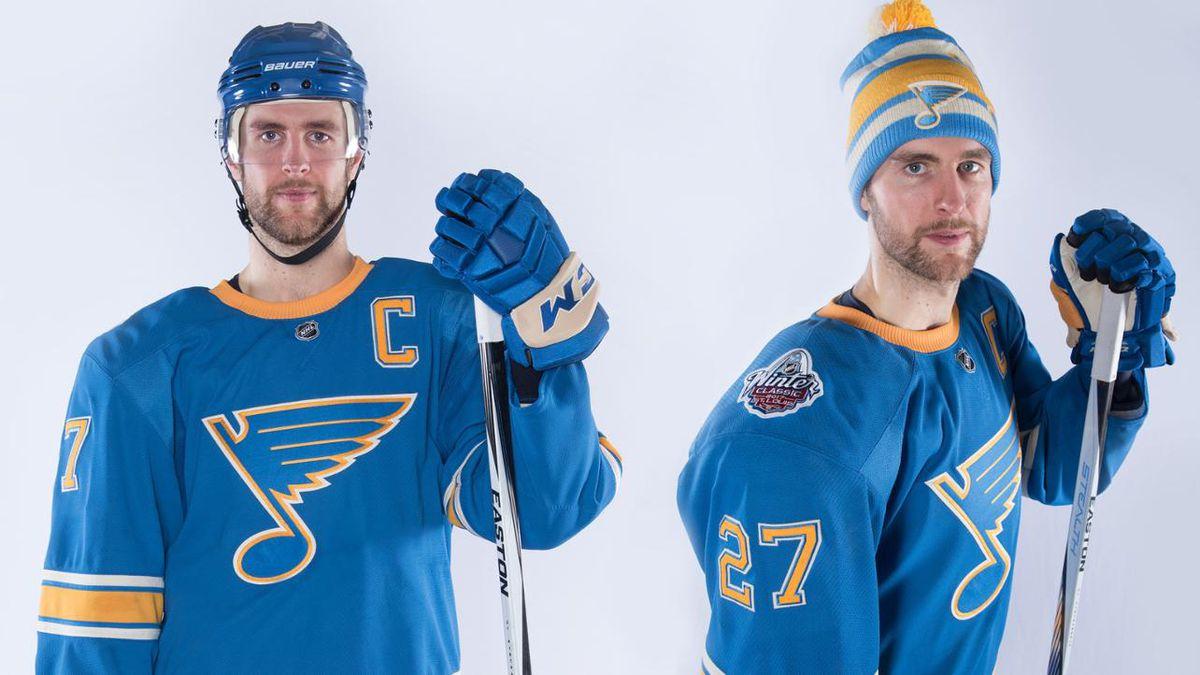 16f57034 Blues, Blackhawks unveil throwback jerseys for 2017 NHL Winter Classic