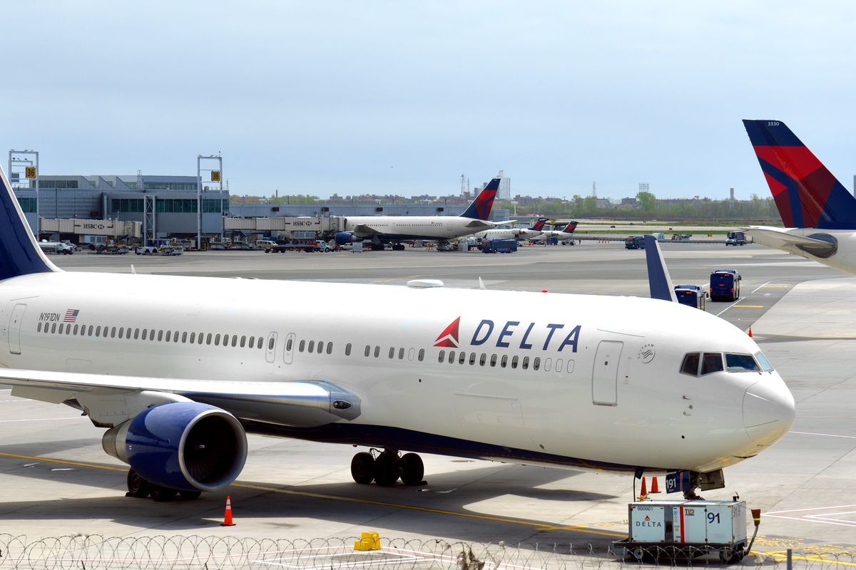Chicago Midway is out,but Chicago O'Hare remains in, as Delta announces it is cutting service to 10 major airports due to the coronavirus pandemic.