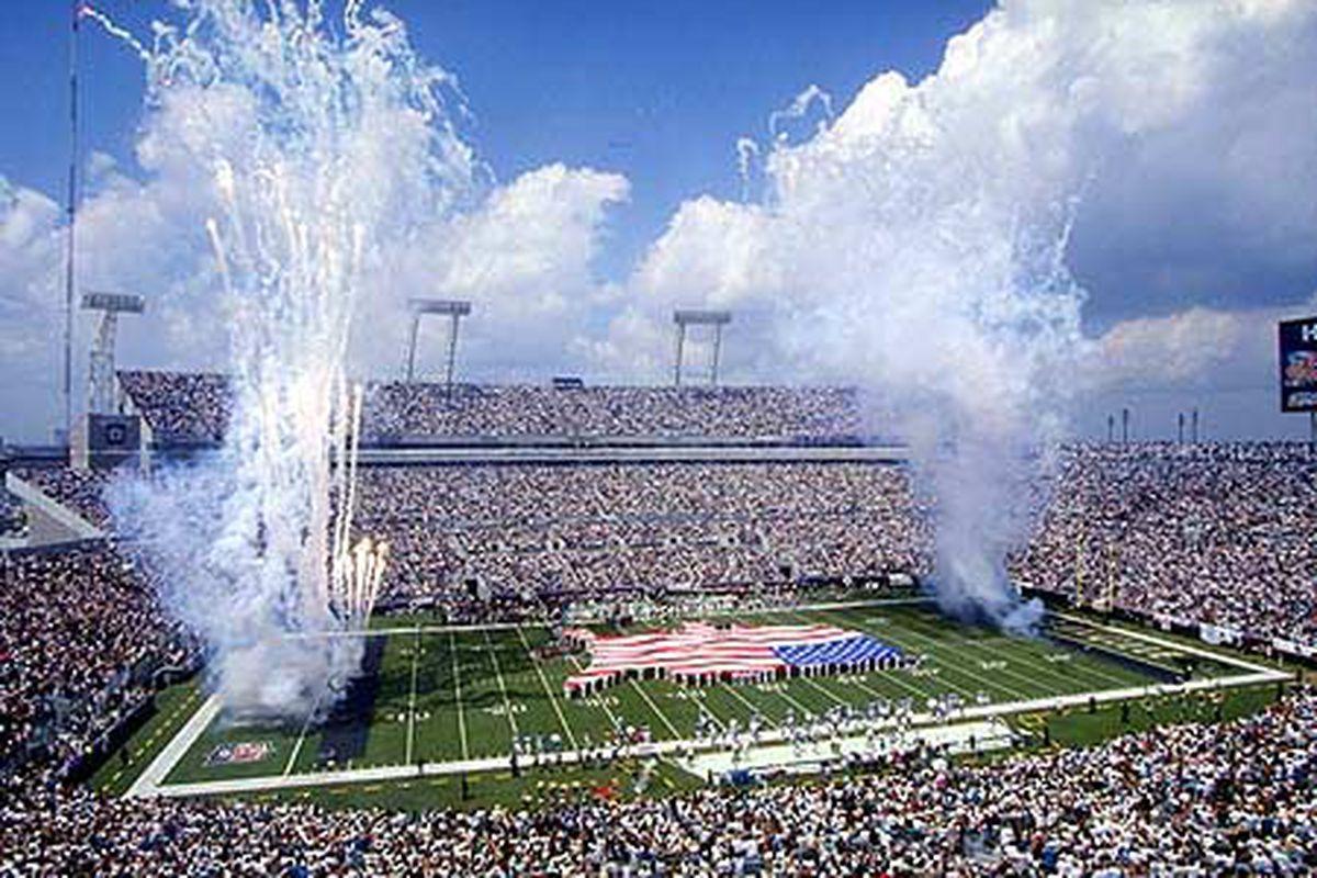 """via <a href=""""http://www.nflteamhistory.com/images/stadiums/big/jacksonville_jaguars.jpg"""">www.nflteamhistory.com</a>"""