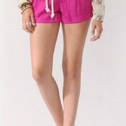 """<a href=""""http://www.forever21.com/Product/Product.aspx?BR=f21&Category=btms_shorts&ProductID=2000038470&VariantID="""">Forever 21 linen blend shorts with belt</a>, $19.80"""