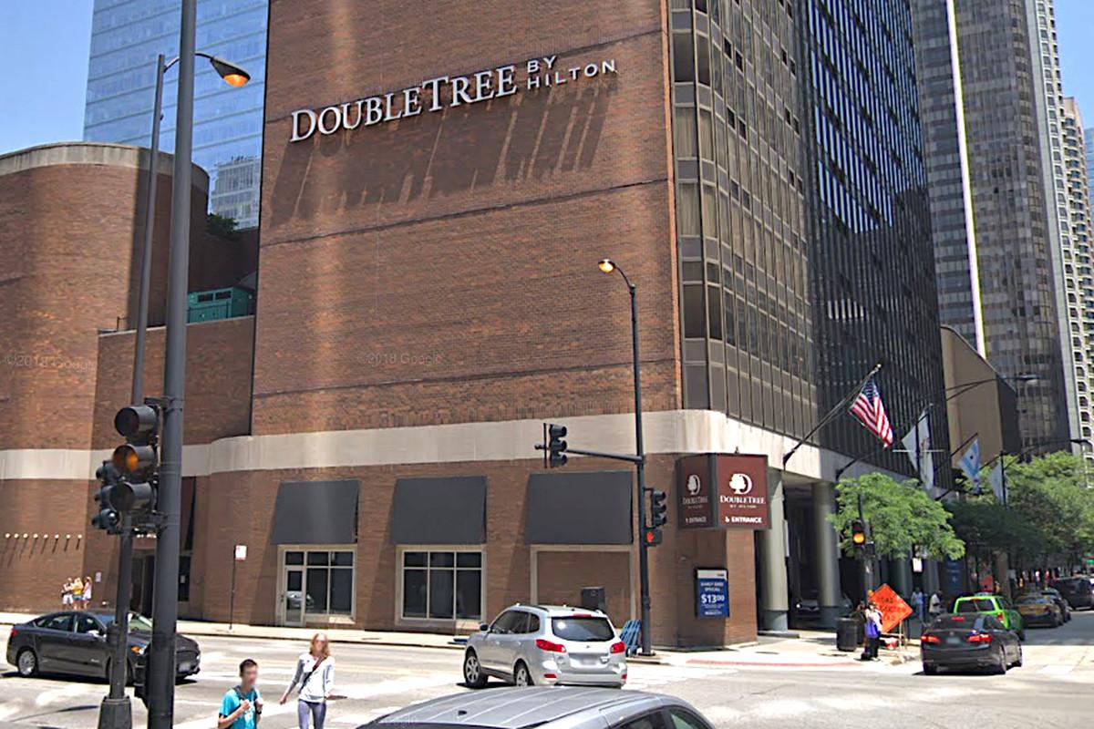 Double Tree Hilton in Chicago: Elevator tech slips, falls 15 feet down shaft