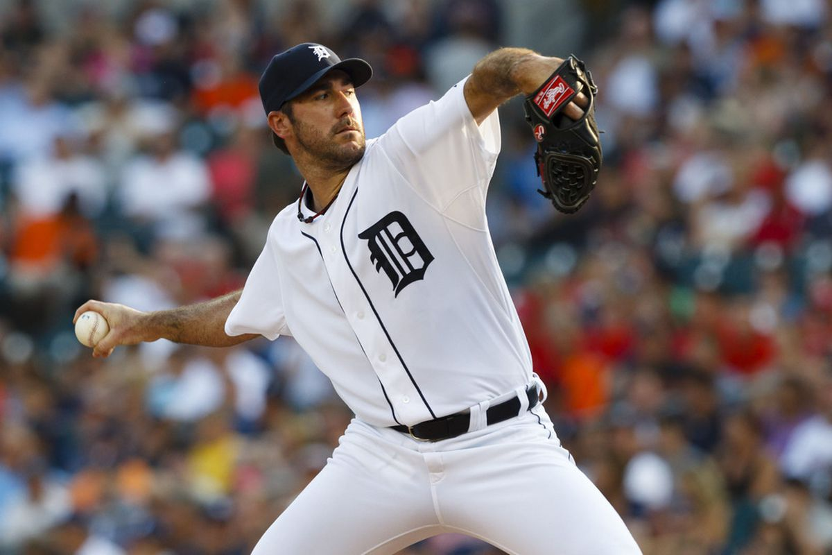 Detroit Tigers starting pitcher Justin Verlander (35) pitches during the first inning against the St. Louis Cardinals at Comerica Park. Mandatory Credit: Rick Osentoski-US PRESSWIRE