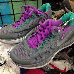 Women's Nike Shoes $54.95