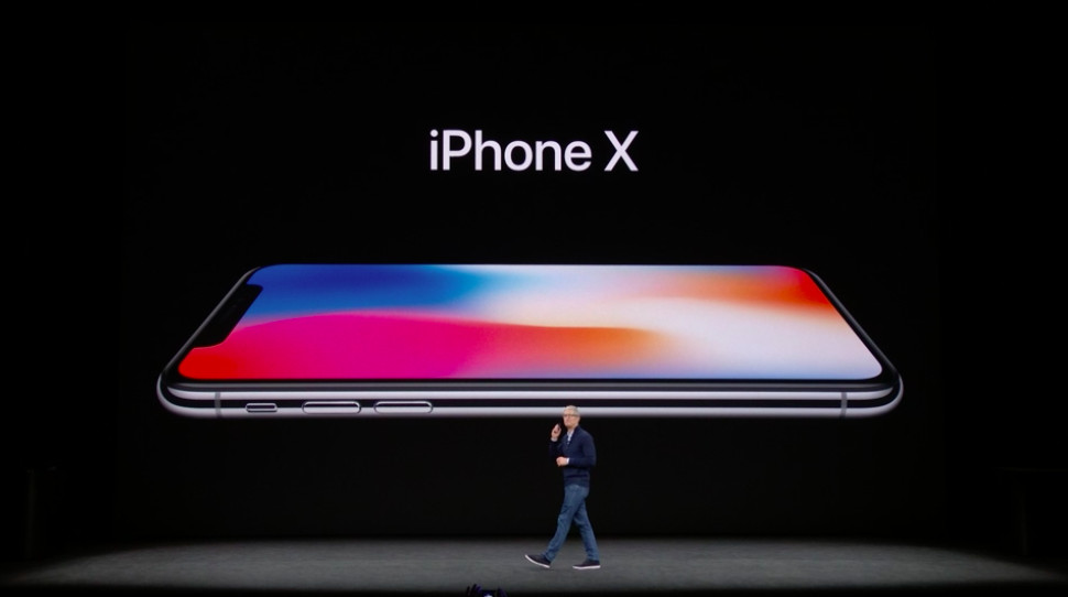 Photo from Apple presentation showing the iPhone X, without a Home button