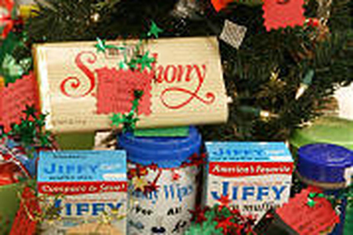 Little Christmas Gift Ideas.Many Merry Neighbor Christmas Gift Ideas Deseret News