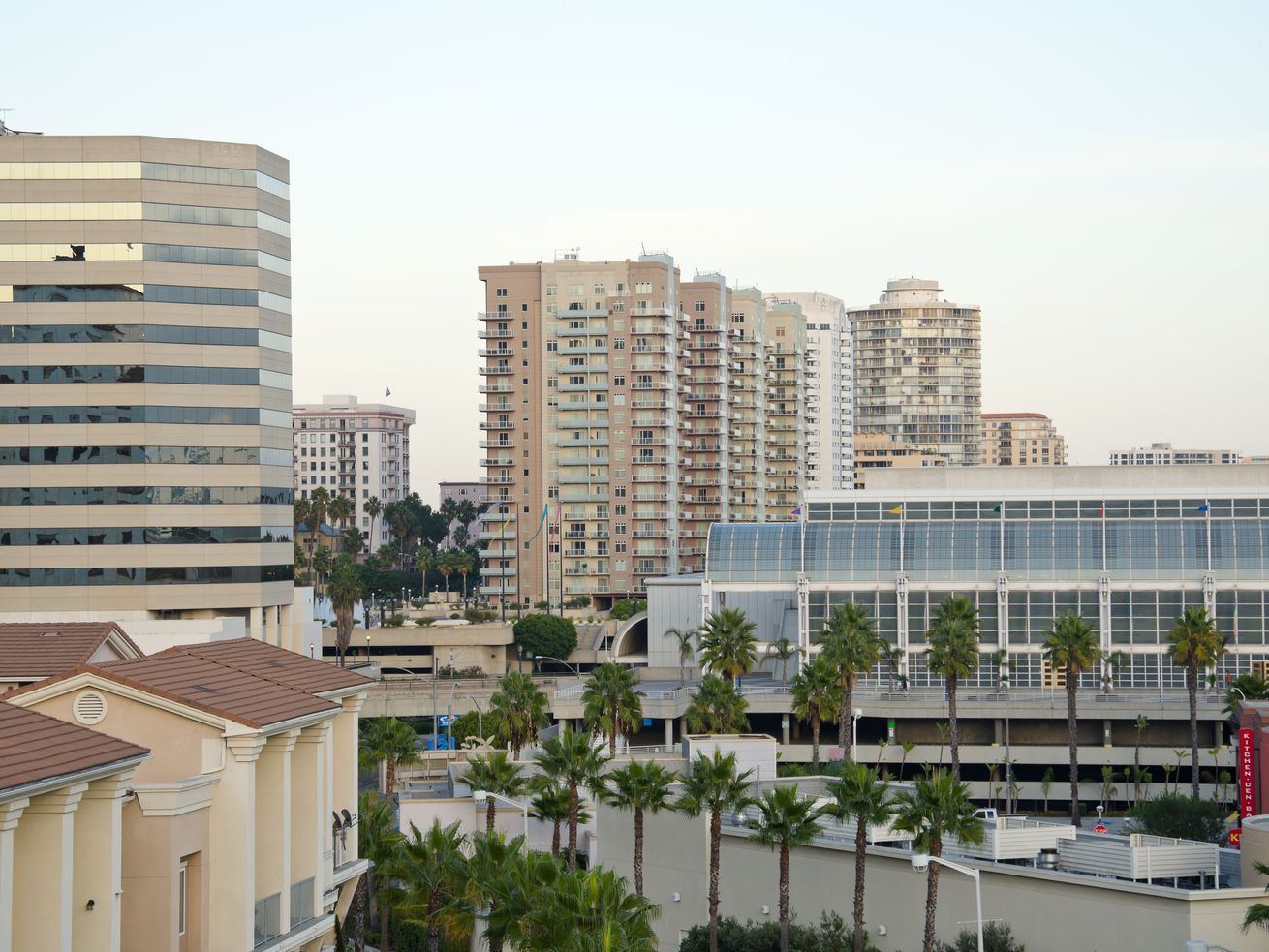 The average rent in Long Beach as of February? $1,418.