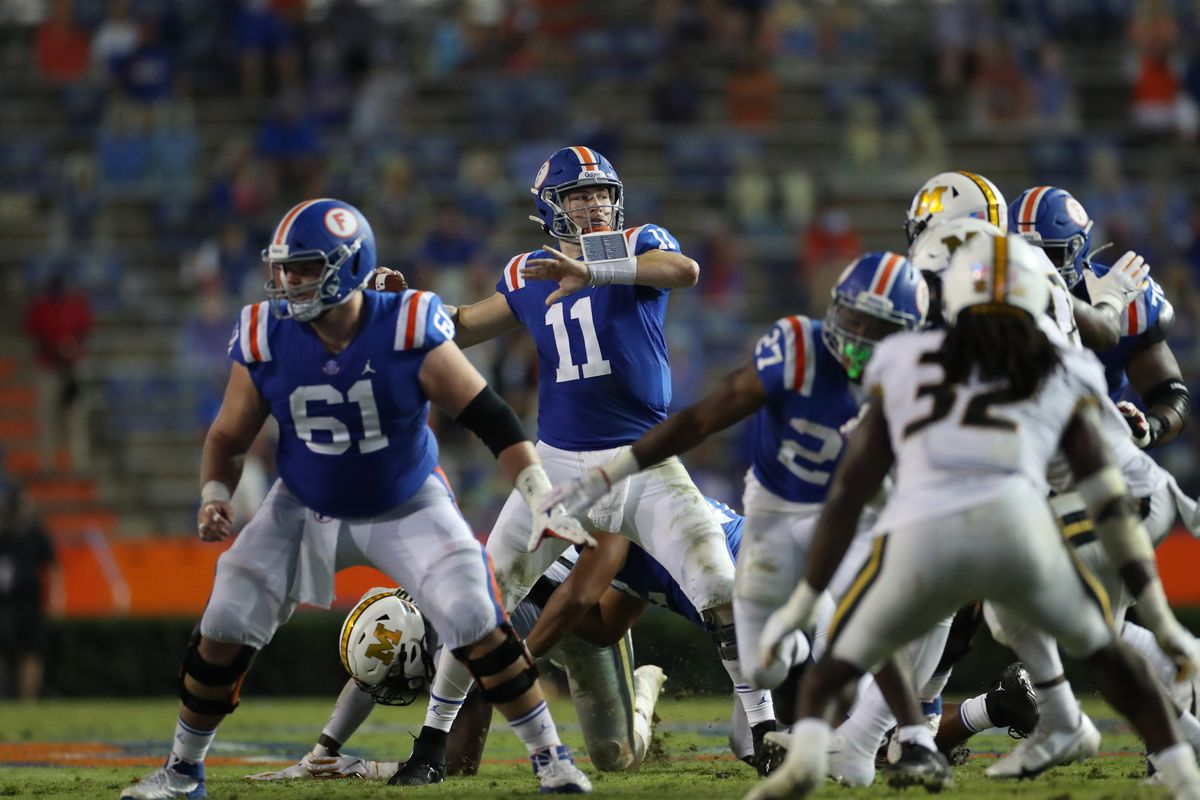 Kyle Trask of the Florida Gators throws a pass against the Missouri Tigers at Ben Hill Griffin Stadium on October 31, 2020 in Gainesville, Florida.