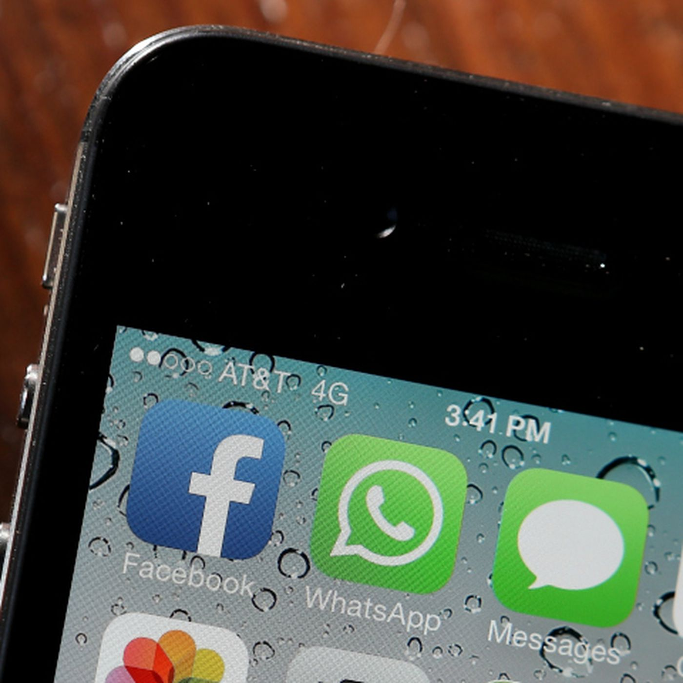 Is Your Messaging App Encrypted? - Vox