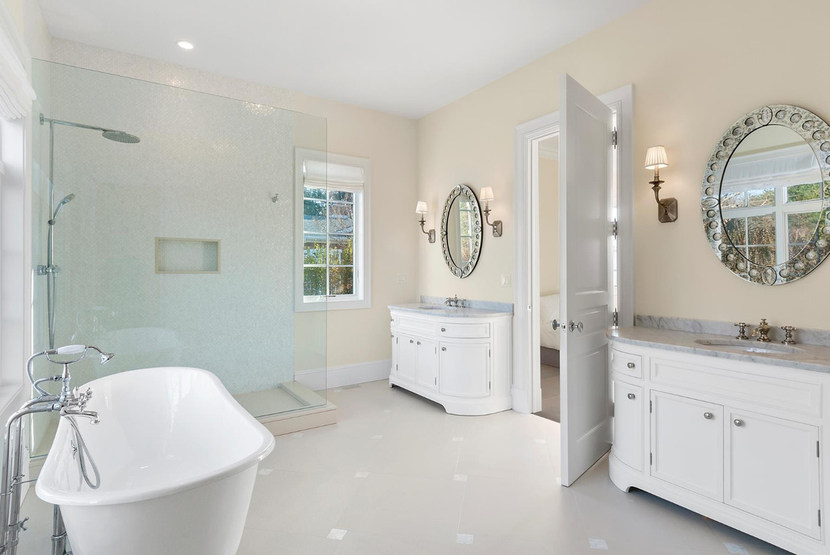 Hamptons homes for sale with two master suites curbed for Homes with master bedroom on first floor for sale