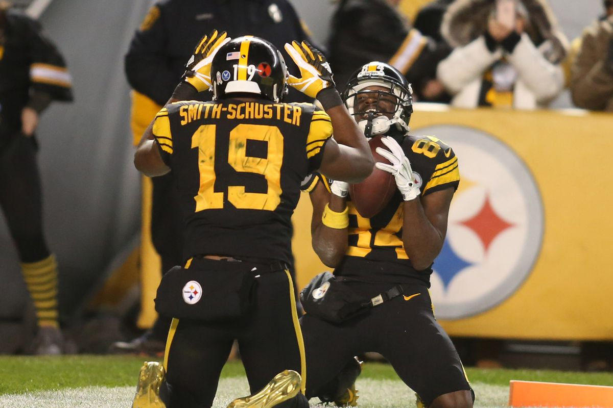the latest a3a5f 224b9 Antonio Brown trashes former Steelers teammate Juju Smith ...
