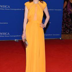 Michelle Dockery wears a Cushnie et Ochs gown.