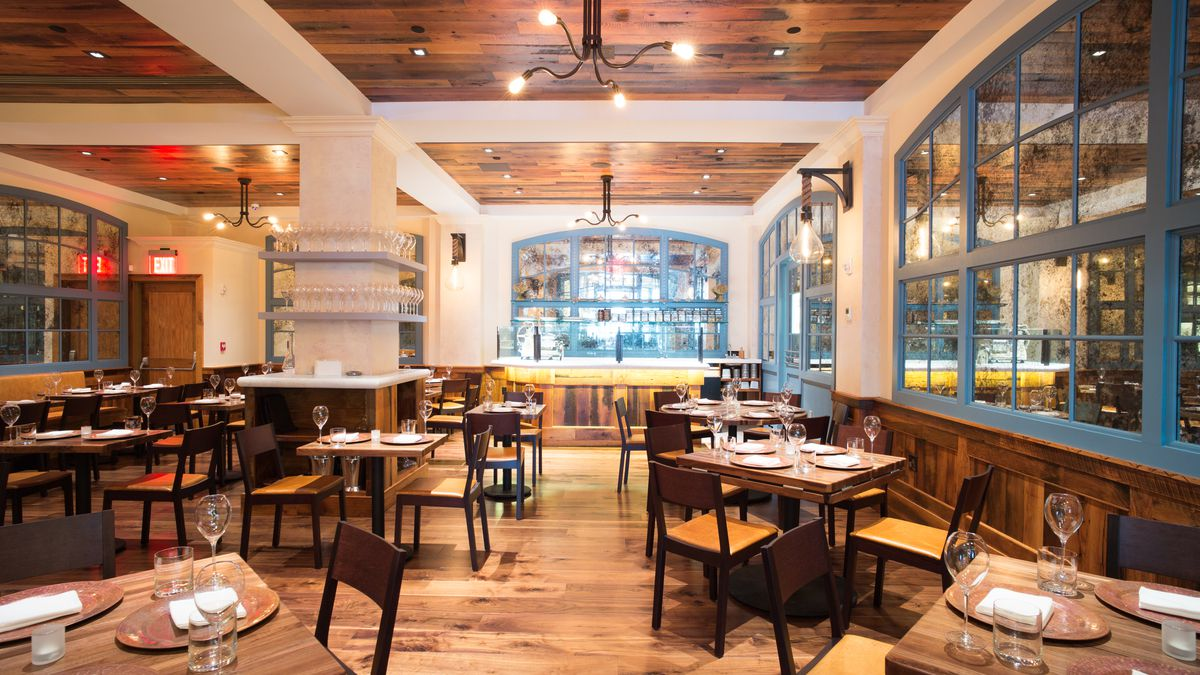 Italienne A French Italian Restaurant With Two Dining Rooms Opens On West 24th Street