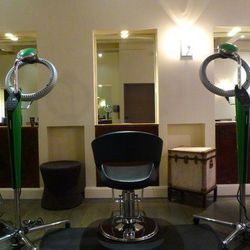 """<span class=""""credit"""">Photo via <a href=""""https://www.facebook.com/ArcherSalon"""">Facebook</a></a></span> <strong>Archer Salon:</strong> Right in the middle of SF's high fashion Mecca is a salon that caters to the high fashion set. And you know the salon is"""