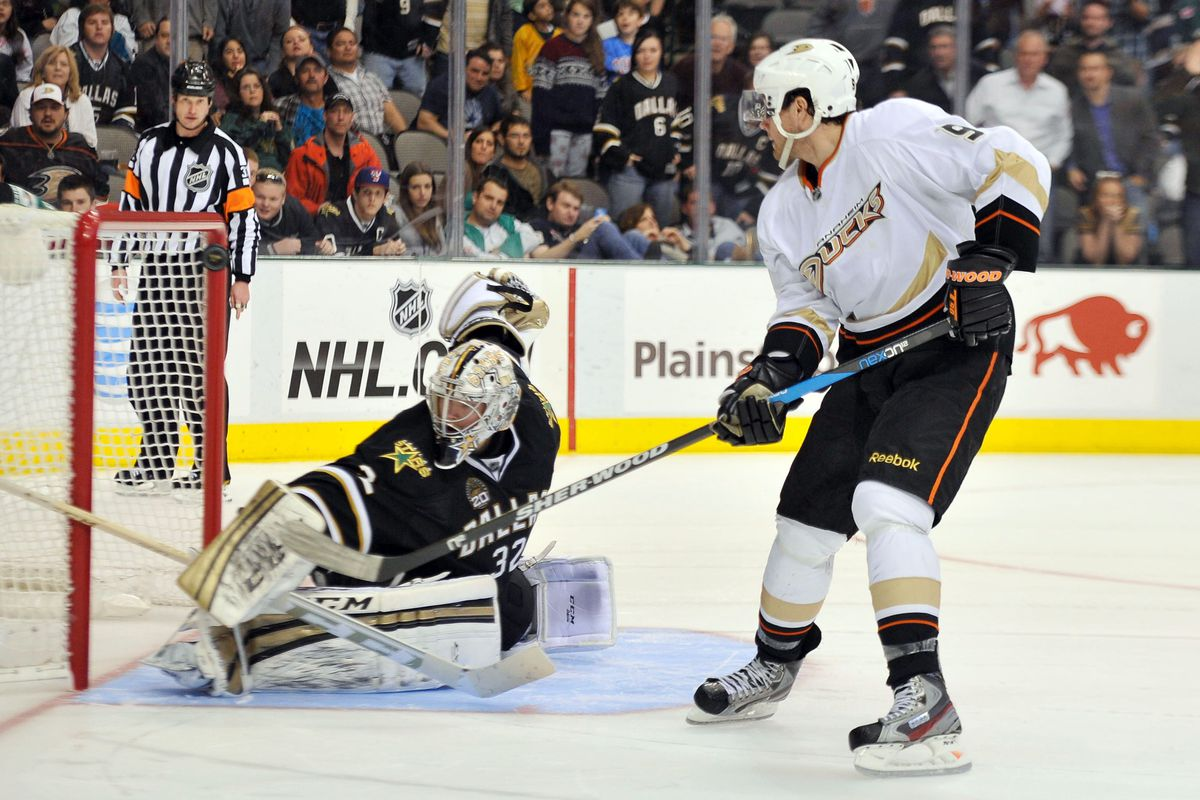 Bobby Ryan either robbed by Kari Lehtonen, or some other crazy f***ing thing.