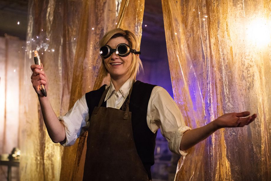 Which was the better '…Fell to Earth'? Doctor_Who_S11_Ep1_Pre_TX_02_.0