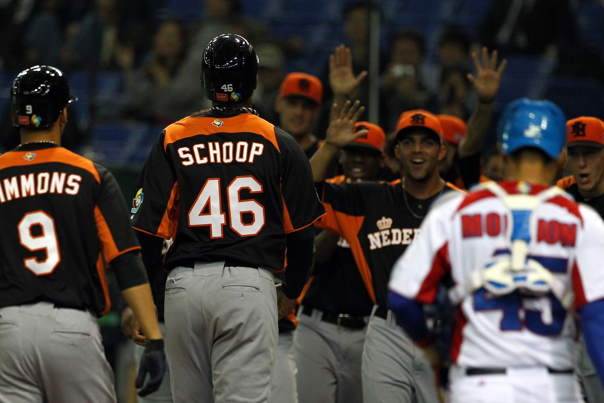 Jonathan Schoop is doin' things in Curacao. Not in this photo, though. Don't get confused.