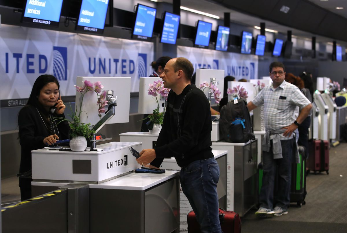 United airlines ticketing counter