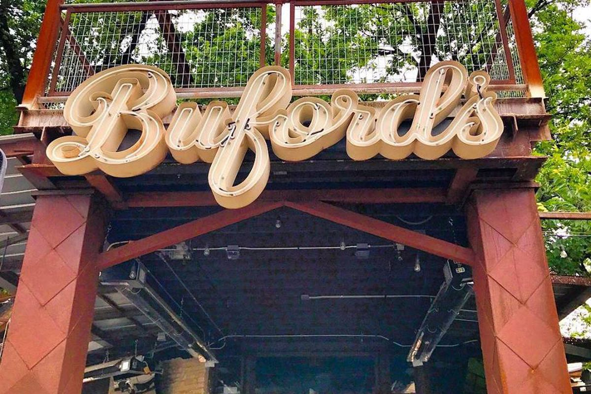 Buford's sign